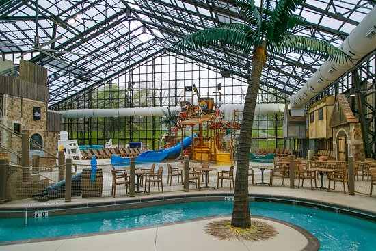holiday inn club vacations fox river resort pirates cay indoor pool with waterslides