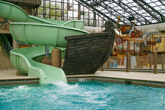 Indoor Swimming Pool With Slides pirate's cay indoor water slides and swimming pool - picture of