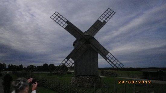 Saaremaa, Estonya: Väderkvarn i Angla.