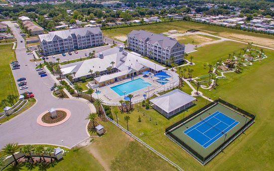 Holiday Inn Club Vacations Orlando Breeze Resort: Aerial view of the resort