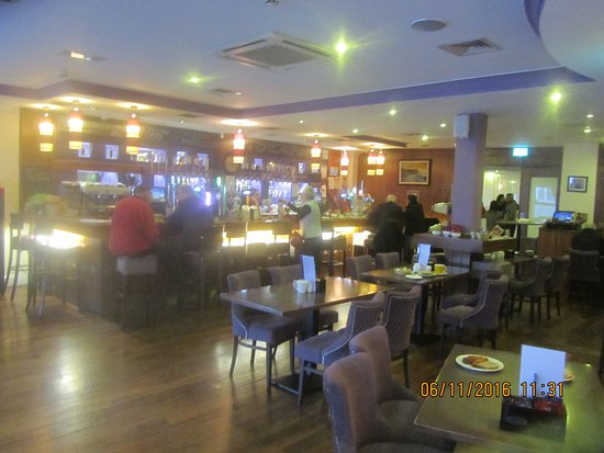 Corralea Court Hotel: A quieter time in the bar/lounge area