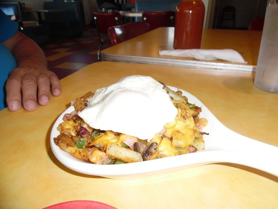 Interlochen, MI: Skillet Breakfast