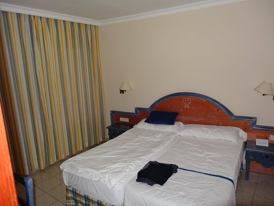 Barlovento: Schlafzimmer (ohne Kleiderschrank!)