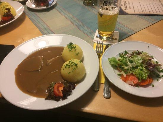Kulmbach, Germany: Sauerbraten mit Knödel und Salat