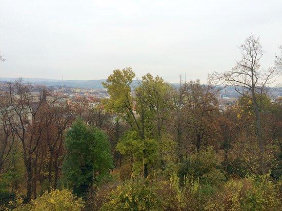 Brno, Republika Czeska: podzimní park na Špilberku