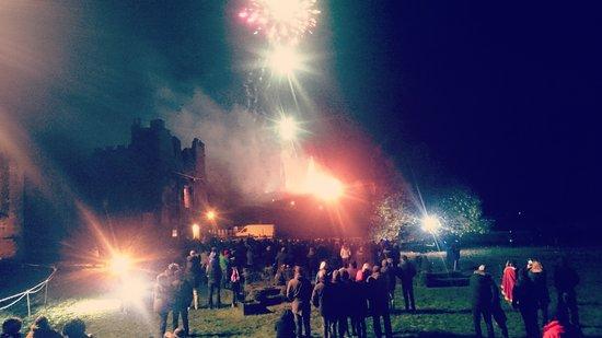 Stunning Fireworks at Tutbury Castle