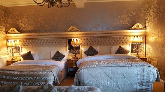 The Malton Hotel: 20161105_153429_large.jpg