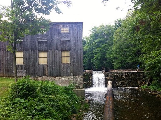 Walters Falls, Kanada: The mill