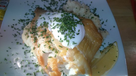 Laurencekirk, UK: The generously proportioned and most excellent haddock stack!