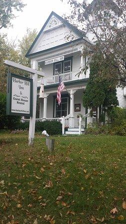 Harbor Hill Inn : front entrance