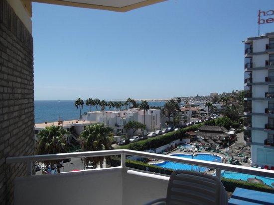 Piscina picture of veril playa playa del ingles for Piscina playa del ingles