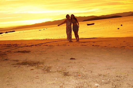 Praia do Sambaqui - por do sol maravilhoso