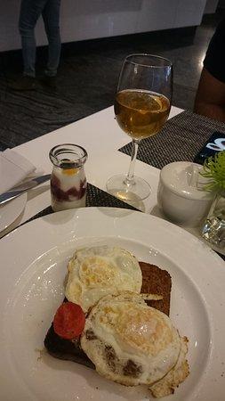 African Pride 15 On Orange Hotel: Café da Manhã
