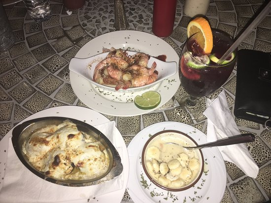 Maria's Old Florida Restaurant : The best tasting fish after a year of eating fish in Florida great stuffed mushrooms Oh and have