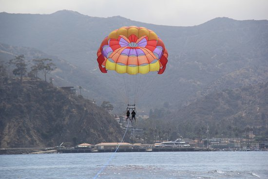 Hotel Metropole: Parasailing is a must!