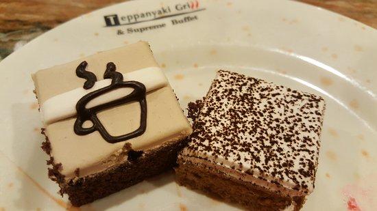 Fridley, MN : Coffee or tea cakes