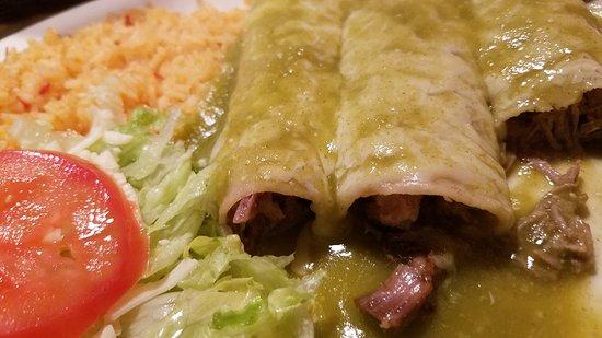La Granja Mexican Restaurant : Delicious enchiladas verde