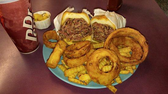 La Puente, Kalifornia: J B Burgers