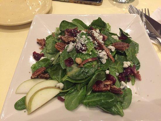 212 Market Restaurant: Salad, dinner, dessert