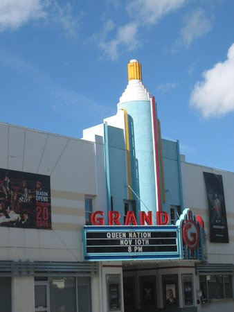 Grand Theatre in Tracy, CA