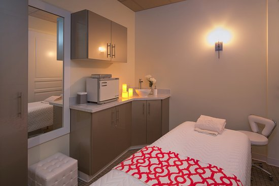 Glosshouz Spa: Well appointed treatment rooms