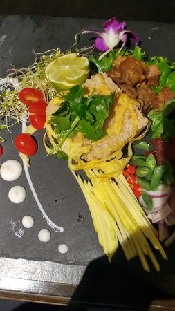 Noi Thai Cuisine: pork, rice, egg, sauce