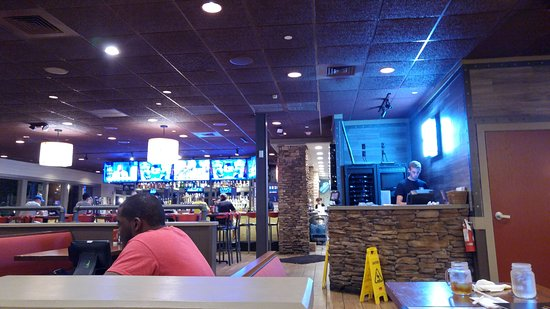Smokey Bones Bar & Fire Grill - Plantation, FL