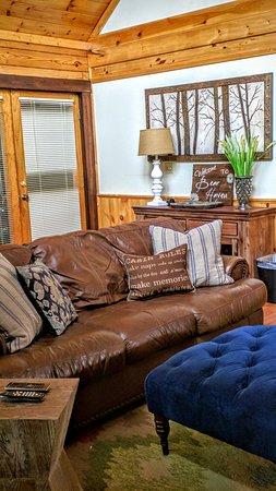 Big Bear Lodge and Resort: IMG_20160911_101407_large.jpg