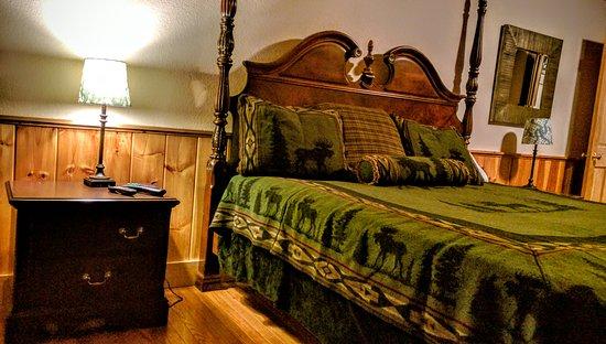 Big Bear Lodge and Resort: IMG_20160910_213120_large.jpg