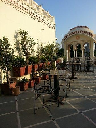 Krishna Palace: Terrasse