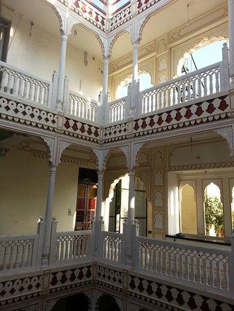 Krishna Palace: Patio