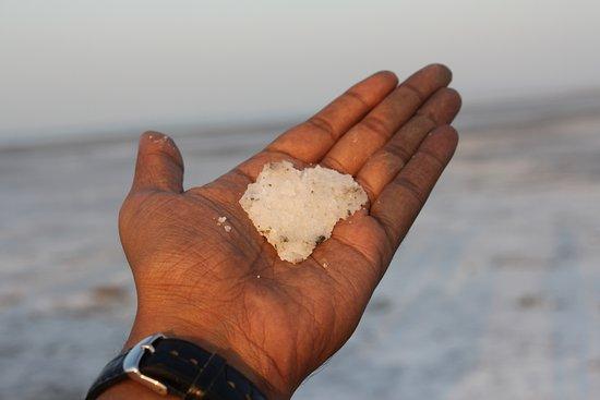 White Desert: Salt !