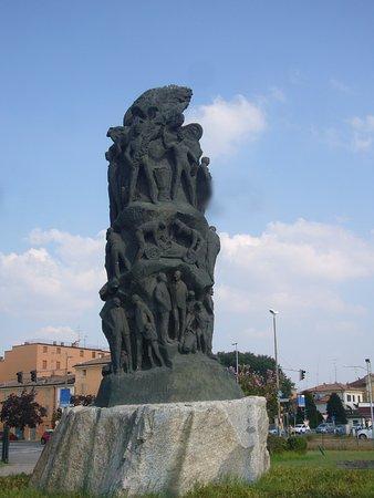 Monumento a Enzo Ferrari
