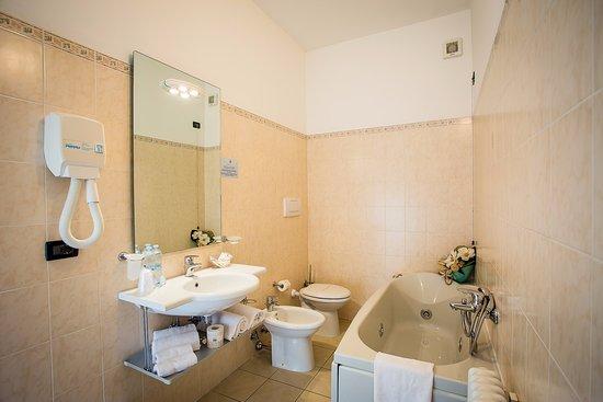 hotel giugliano con vasca idromassaggio : Foto di Nogara - Immagini di Nogara, Provincia di Verona - TripAdvisor