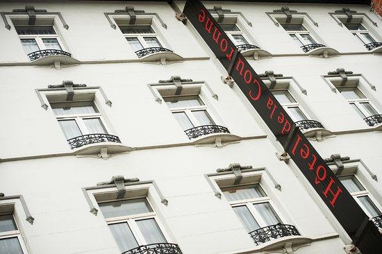 Husa de la Couronne: Front building