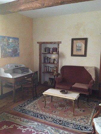 Caunes-Minervois, França: comfortable living area