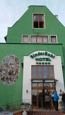 Hotel BinderBubi: fachada