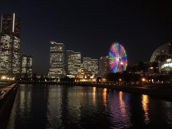 Minato Mirai 21: 大観覧車イルミネーション2