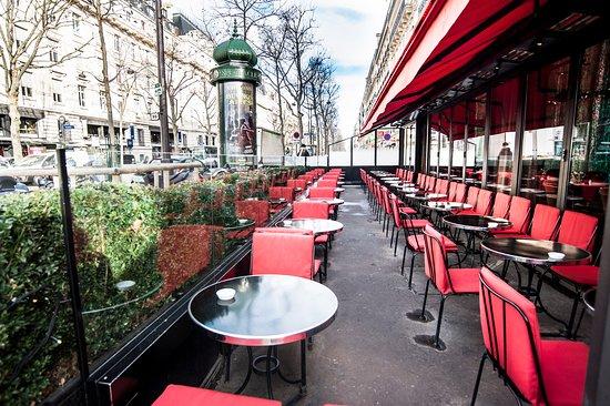 Restaurant Le Coq Place Du Trocadero Paris