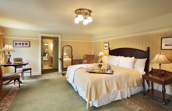 The Holly Inn - Pinehurst Resort Photo