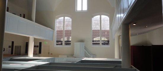Ringwood Meeting House - Interior