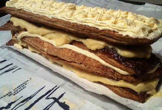 Hernani, España: Milhojas de Adarraga, probablemente el mejor del mundo