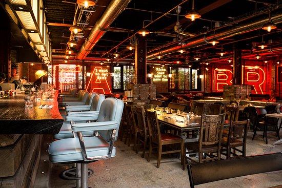 mokus l 39 ecureuil paris trocad ro restaurant avis num ro de t l phone photos tripadvisor. Black Bedroom Furniture Sets. Home Design Ideas