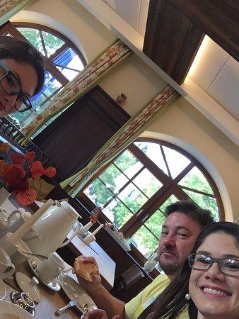 Pfaffenhofen an der Ilm, Niemcy: Café da manhã estilo Colonial... Tudo de bom!
