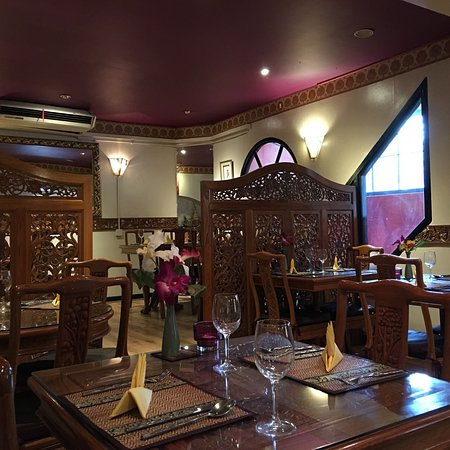 Thai Basil Restaurant: Lovely time with delicious Thai food in Bath.