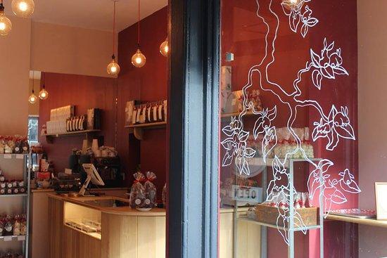 Coco Chocolatier - Stockbridge: A peek inside :)