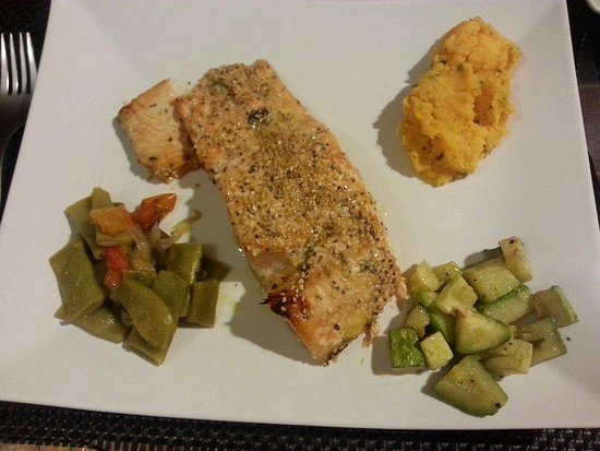 Rojo Tomate: Salmon