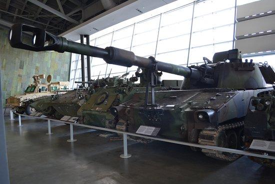 Ottawa, Kanada: Armored vehicles in the LeBreton Gallery