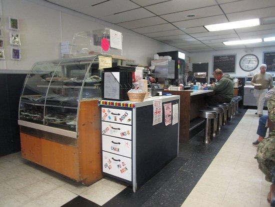 Ovid, NY: AJs - counter service