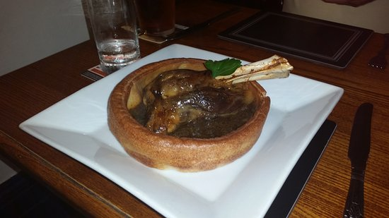 Carperby, UK: Giant Yorkshire pudding with slow roasted lamb shank